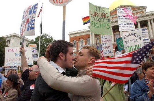 Homosexual marriage in massachusetts